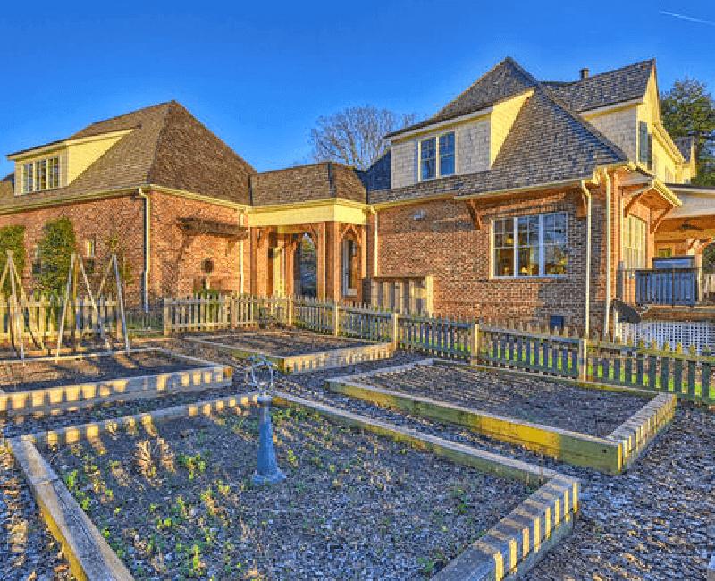 10-English-Cottage
