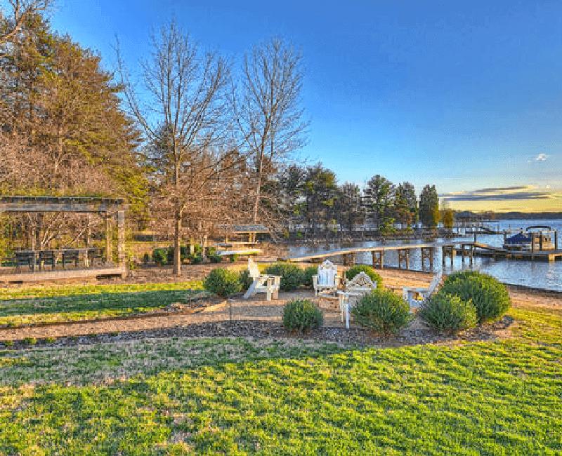 14-English-Cottage