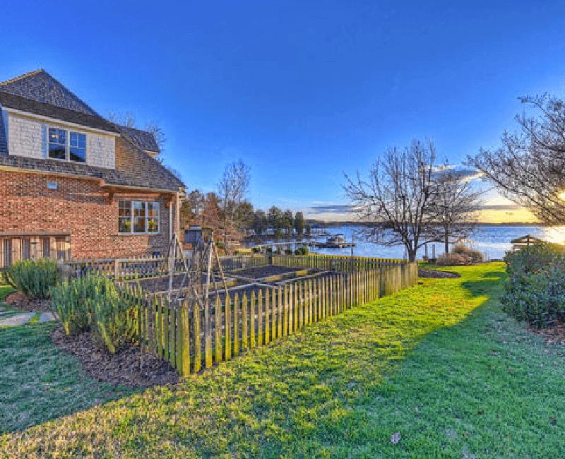 6-English-Cottage