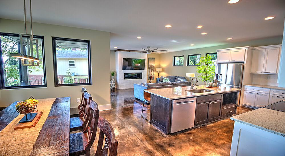 04-dining-kitchen-family-1